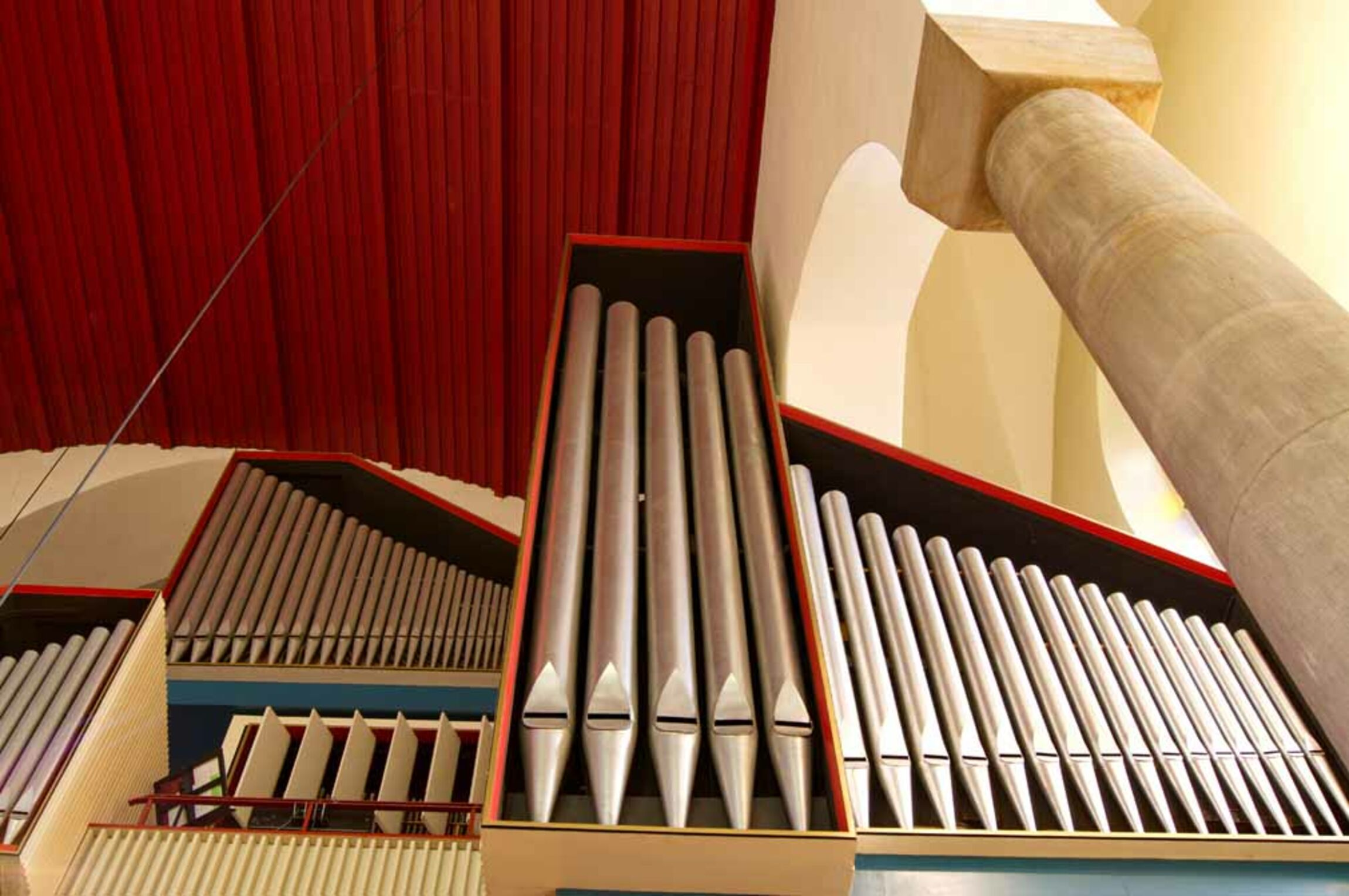 Picture of the organ in Petri Church